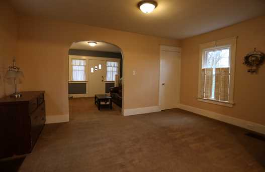 53 Parkview Avenue - Photo 7