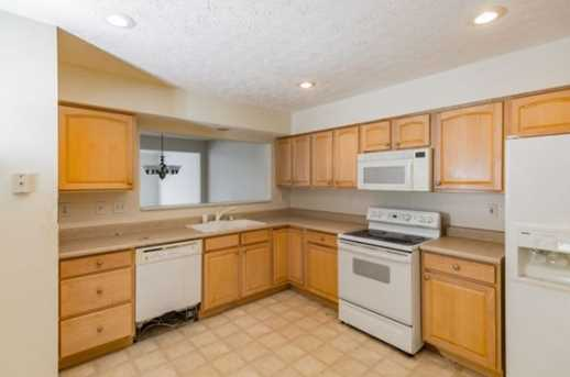 8542 Wiltshire Way #13E - Photo 7