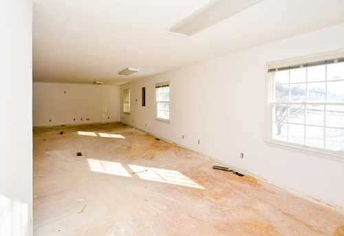 7503 Industrial Road - Photo 23