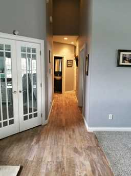 18 Spring Meadow Drive - Photo 7