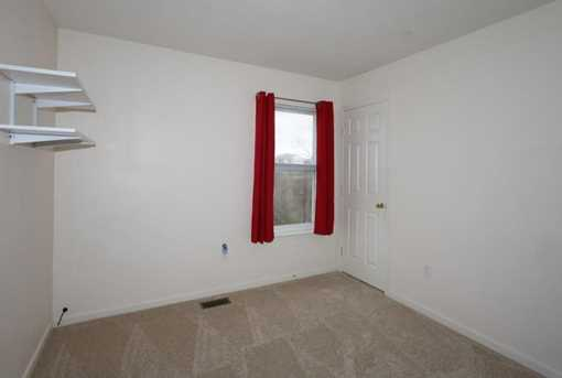 1370 Cairns Ct - Photo 17