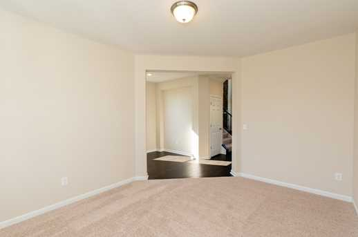 812 Lakerun Lane - Photo 9