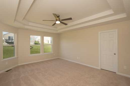 812 Lakerun Lane - Photo 13