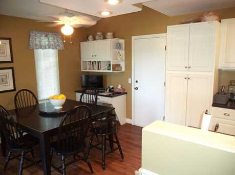 1016 Crown Hill Ct - Photo 15