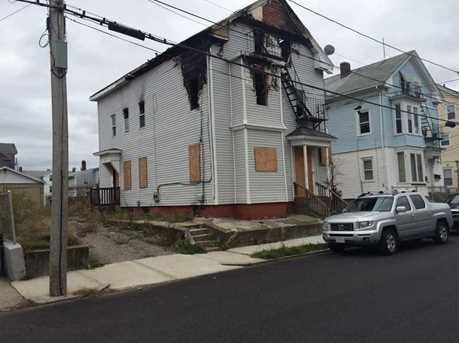98 Laban St - Photo 1