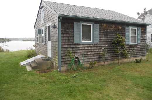 70 Shore Dr - Photo 2