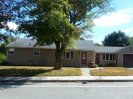 323 Simmonsville Av - Photo 22