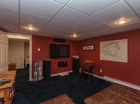 960 Putnam Ave - Photo 21