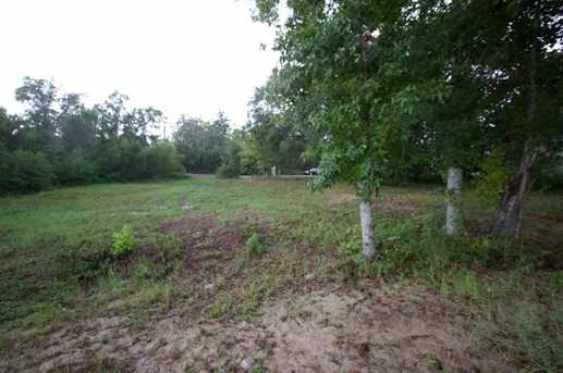 2022 Mackey Key Dr - Photo 33