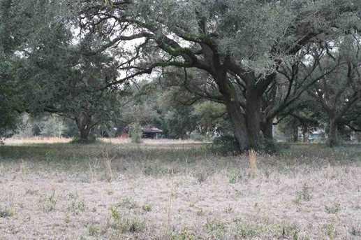 Creekside Ln - Photo 7
