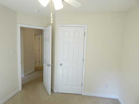 10461 Millbrook Dr - Photo 15