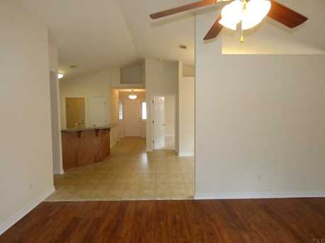 10461 Millbrook Dr - Photo 9