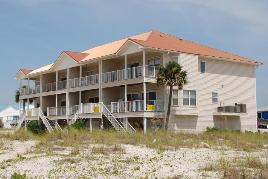 7954 Gulf Blvd Navarre Beach Fl 32566 Mls 538124 Coldwell