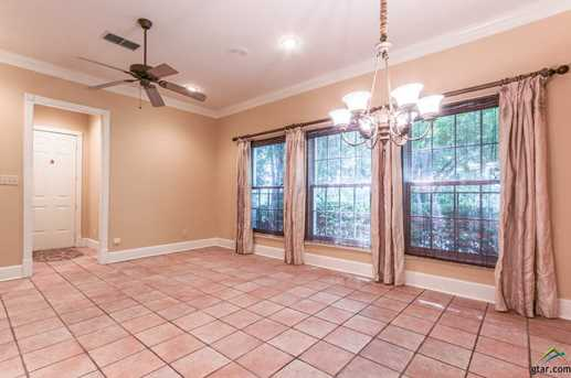 619 Court View - Photo 11