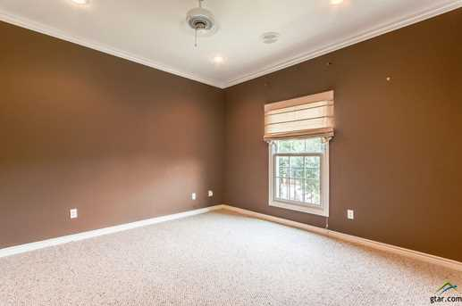619 Court View - Photo 27