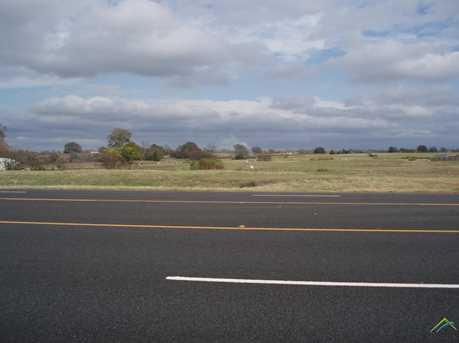 001 S US Highway 69 - Photo 3