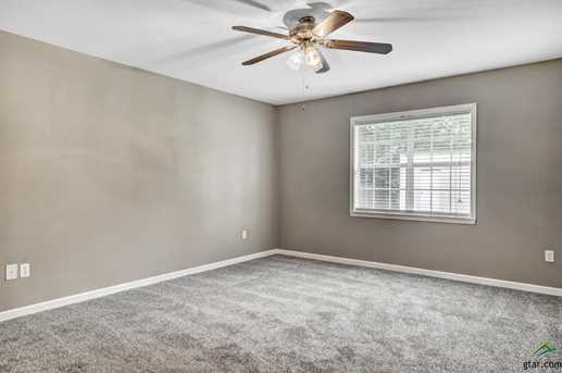 10906 Forest Ln - Photo 15