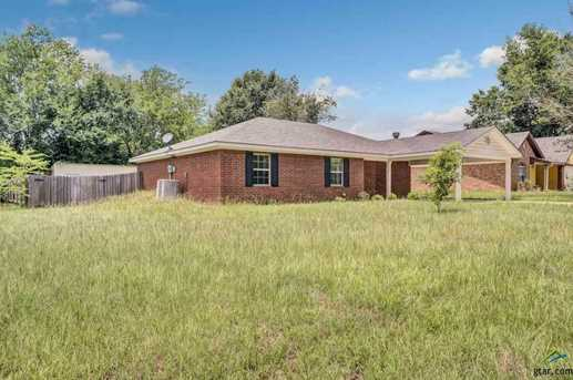 10906 Forest Ln - Photo 3