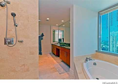 1288 Ala Moana Boulevard #18A - Photo 3