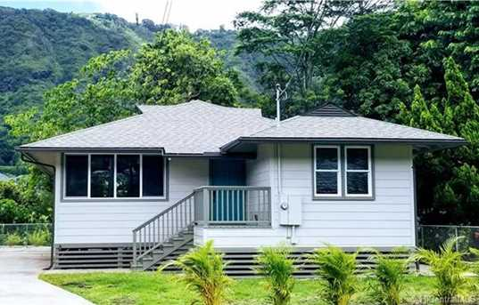 3158 E Manoa Road #C - Photo 1