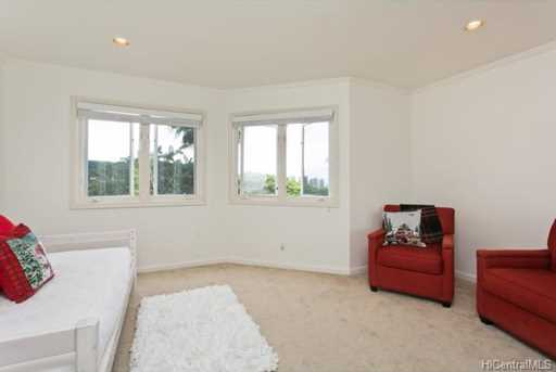 2349 Pacific Hts Road #11 - Photo 11