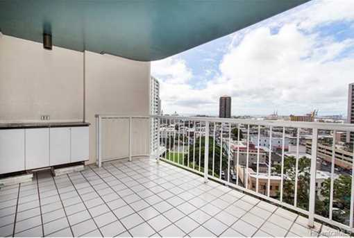1212 Nuuanu Avenue #1412 - Photo 3