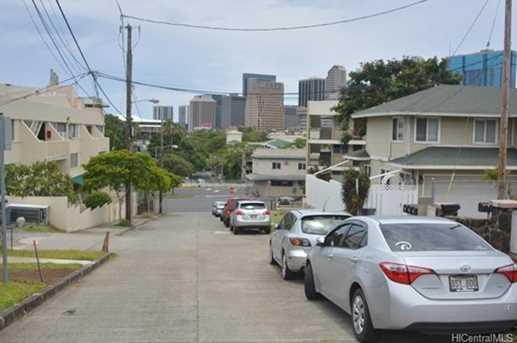 1523 Miller Street - Photo 9