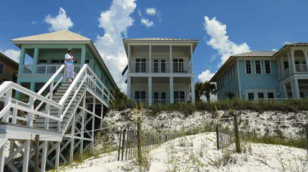 282 Beachside Drive - Photo 1