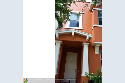 690  Amador Lane, Unit #6 - Photo 1