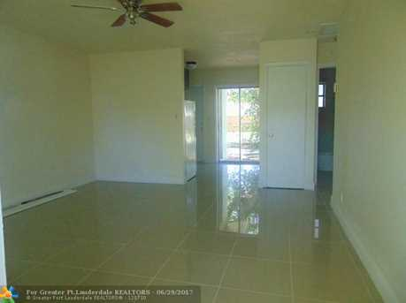 916 NW 26th St - Photo 9