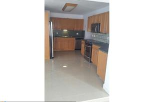 1110 NW 44 St - Photo 1