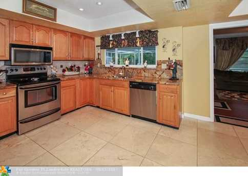 5740 SW 9th St - Photo 7