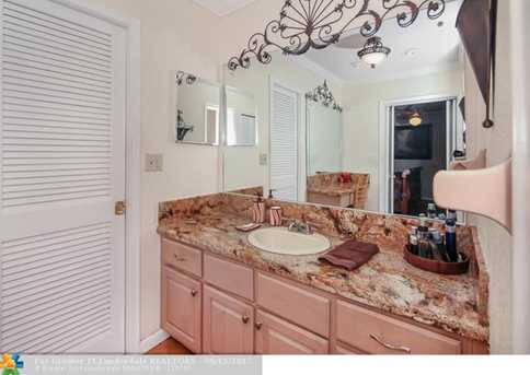 5740 SW 9th St - Photo 10
