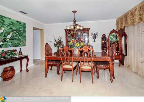 5740 SW 9th St - Photo 9