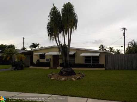 6105 NW 9th St - Photo 3