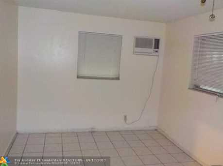 6105 NW 9th St - Photo 17