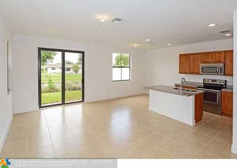 5711 NW 47th Ave - Photo 3