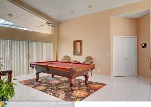 9846 NW 49th Pl - Photo 23