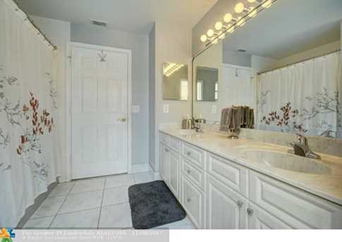 9846 NW 49th Pl - Photo 13