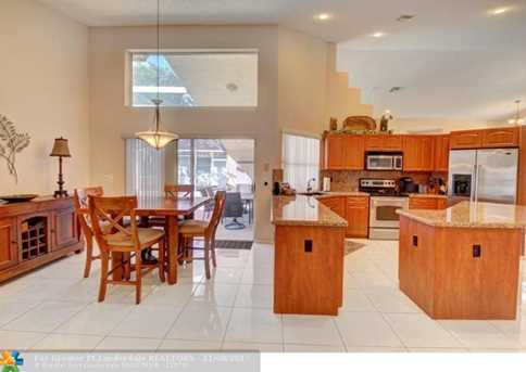 9846 NW 49th Pl - Photo 8