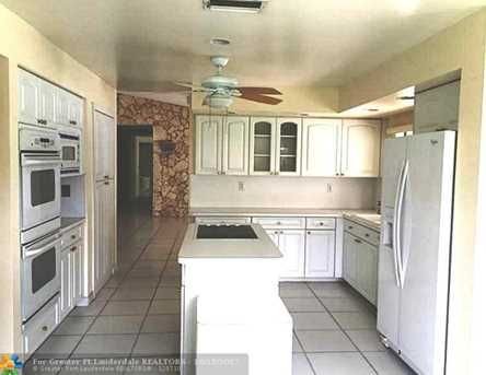 9926 NW 15th Ct - Photo 4