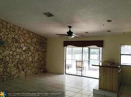 9926 NW 15th Ct - Photo 7