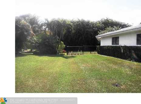 9926 NW 15th Ct - Photo 18