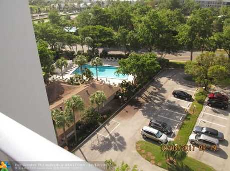 4015 W Palm Aire Dr, Unit #1001 - Photo 2