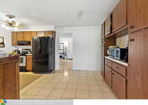 10205 NW 82nd St - Photo 14