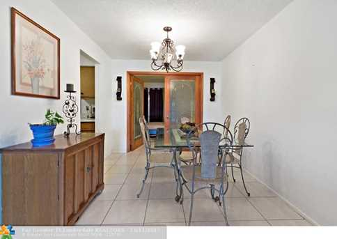 10205 NW 82nd St - Photo 10