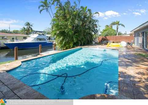 1721 SW 23rd Ave - Photo 3