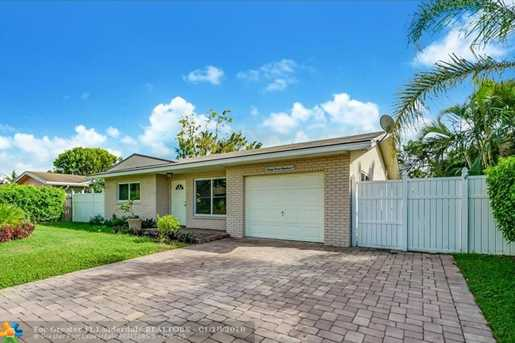 3300 NW 66th St - Photo 1