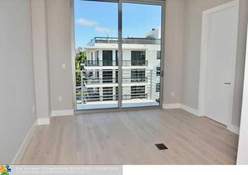 21  Isle Of Venice, Unit #Ph2 - Photo 17