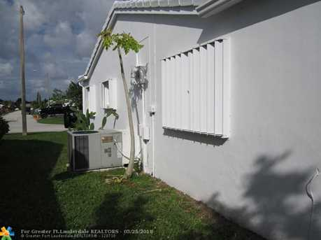 6610 NW 75th St - Photo 3